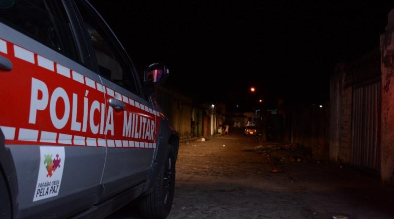 Polícia Militar prende suspeito de tráfico de drogas em Cruz das Armas