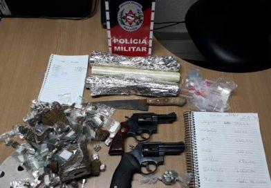 Polícia Militar prende mulheres suspeitas de tráfico de drogas e apreende armas e drogas na Capital