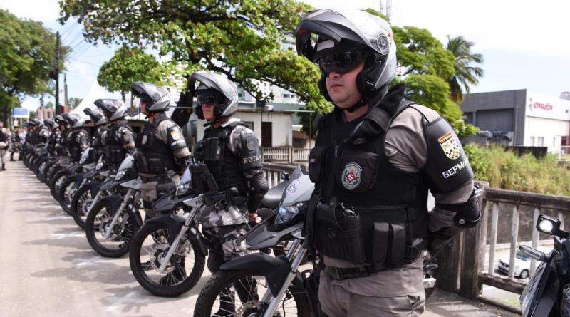 Polícia Militar captura dois foragidos da Justiça em João Pessoa