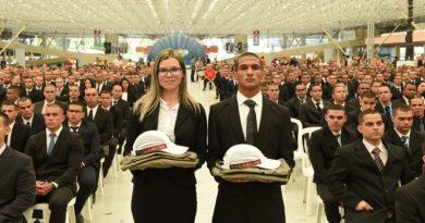 João Azevêdo participa de recepção aos novos integrantes do Curso de Formação de Soldados