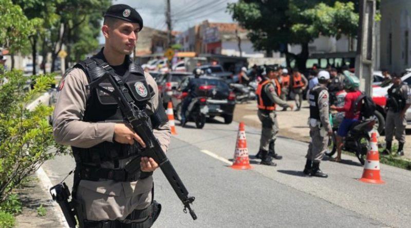 Fim de semana tem 129 suspeitos detidos, 30 armas apreendidas e 17 veículos recuperados na Paraíba