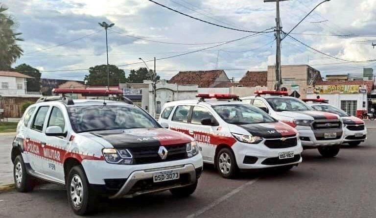 Polícia Militar prende dupla armada suspeita de realizar assaltos no Sertão