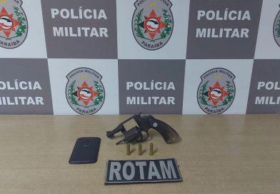 Polícia Militar apreende arma que seria de grupo criminoso que atua em comunidade da Capital