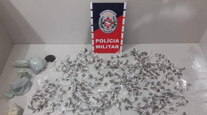 OPERAÇÃO PREVINA-SE: Polícia Militar prende dupla e apreende menor por roubo e porte ilegal de arma de fogo, além de drogas em Itapororoca