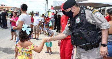 Operação Criança Feliz: Polícia Militar entrega brinquedos arrecadados na campanha